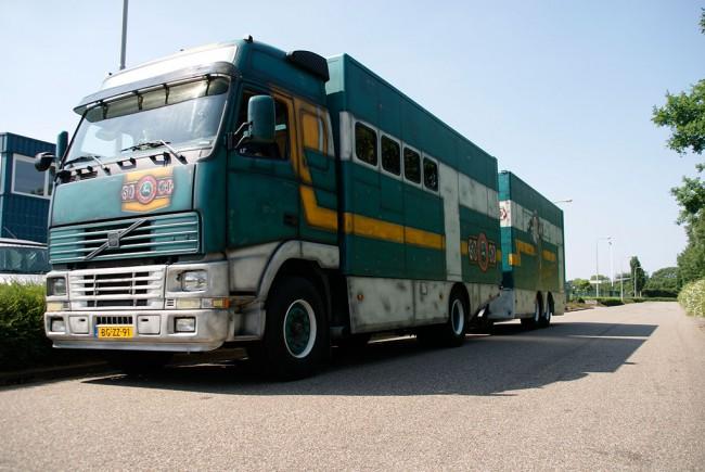 Truck SQ64